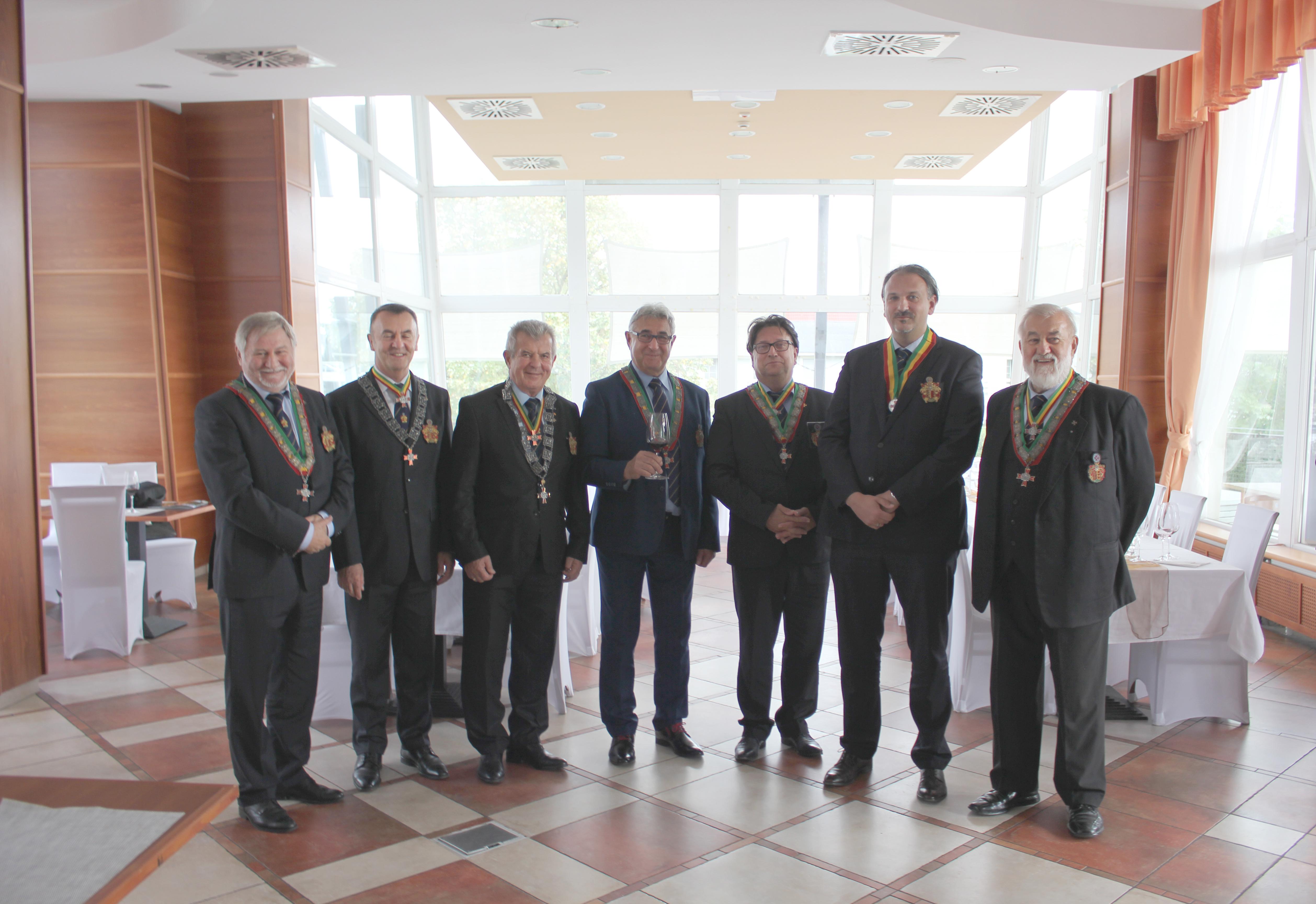 Vezetőségválasztás Győrben